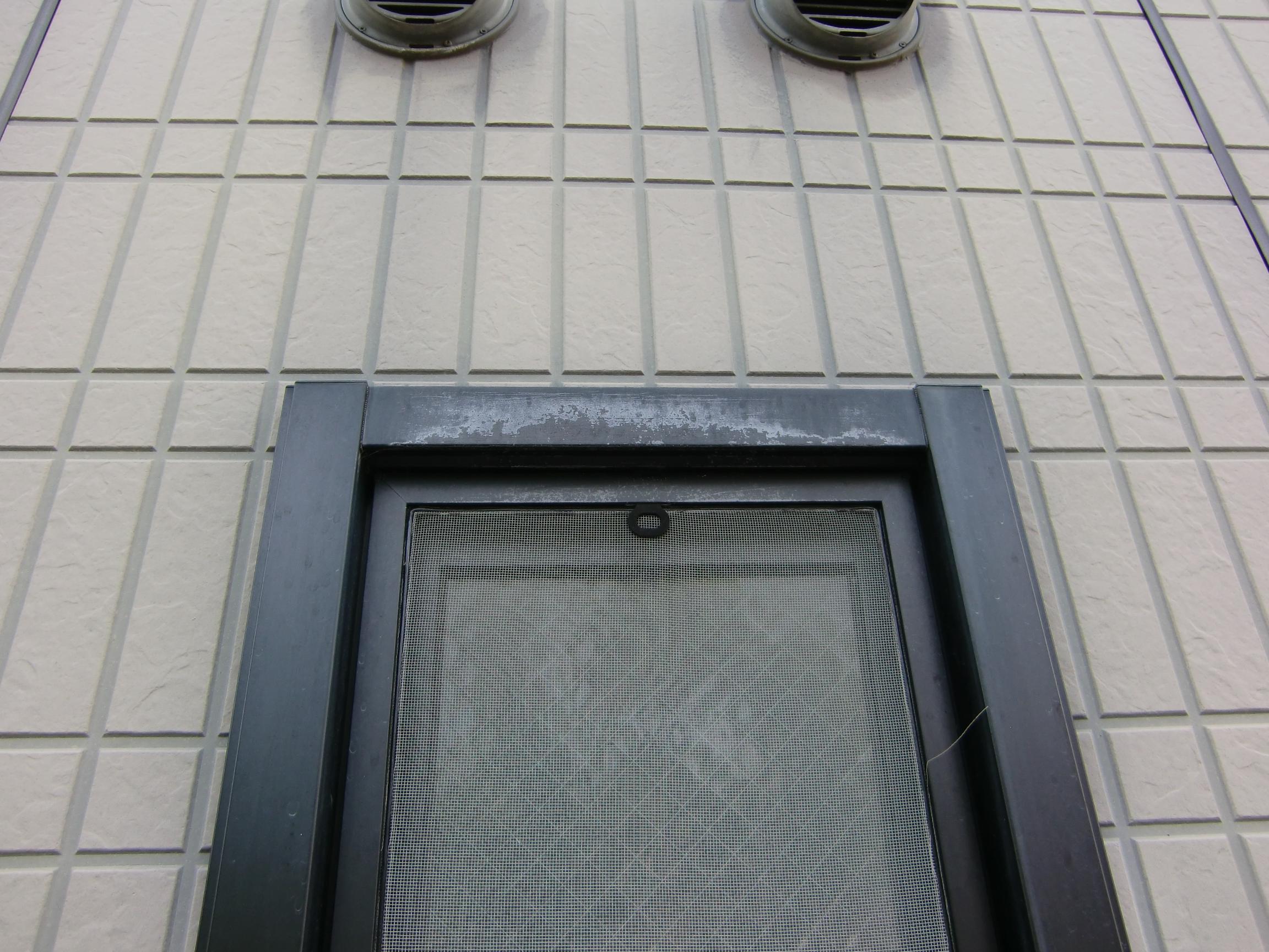 窓枠サッシ1施工前
