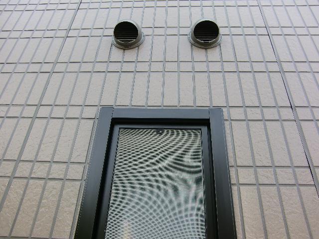 窓枠サッシ1施工後